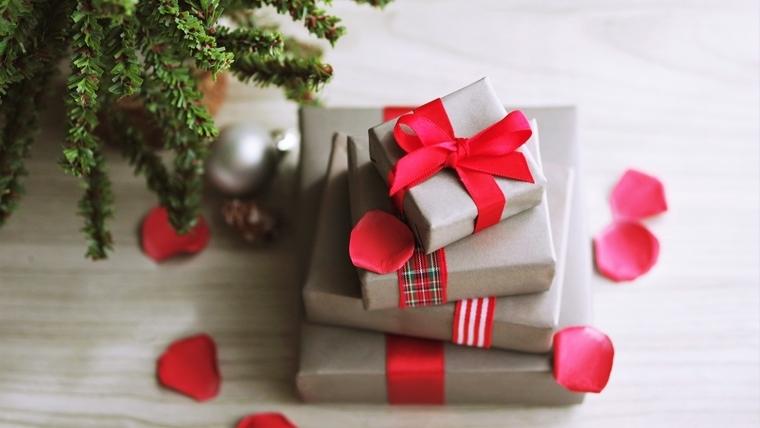 クリスマスプレゼントを500円以内で小学生が喜ぶものを選ぶ