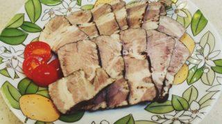 手作りおせちレシピ・簡単に作れる豚かたまり肉の「さっぱり紅茶豚」