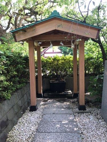 稲毛神社の手水舎