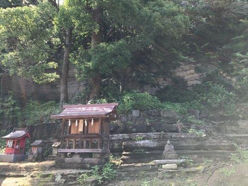 瀬戸神社の末社