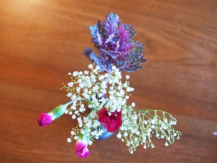 お花を花瓶に飾る-1日目(届いた日)